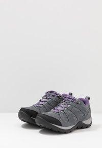 Columbia - REDMOND V2 WP - Scarpa da hiking - ti grey steel/plum purple - 2