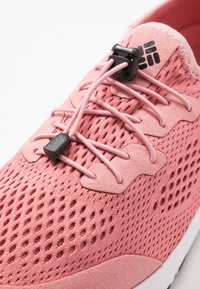Columbia - VENT - Hiking shoes - canyon rose/black - 5