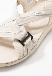 Columbia - Outdoorsandalen - fawn/white - 5