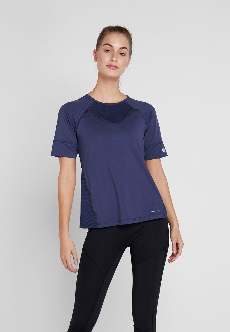 Columbia - WINDGATES TEE - Print T-shirt - nocturnal
