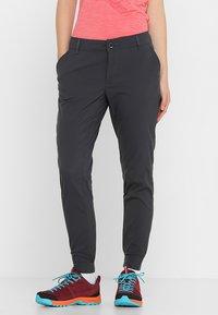 Columbia - FIRWOOD CAMP™ PANT - Trousers - shark - 0