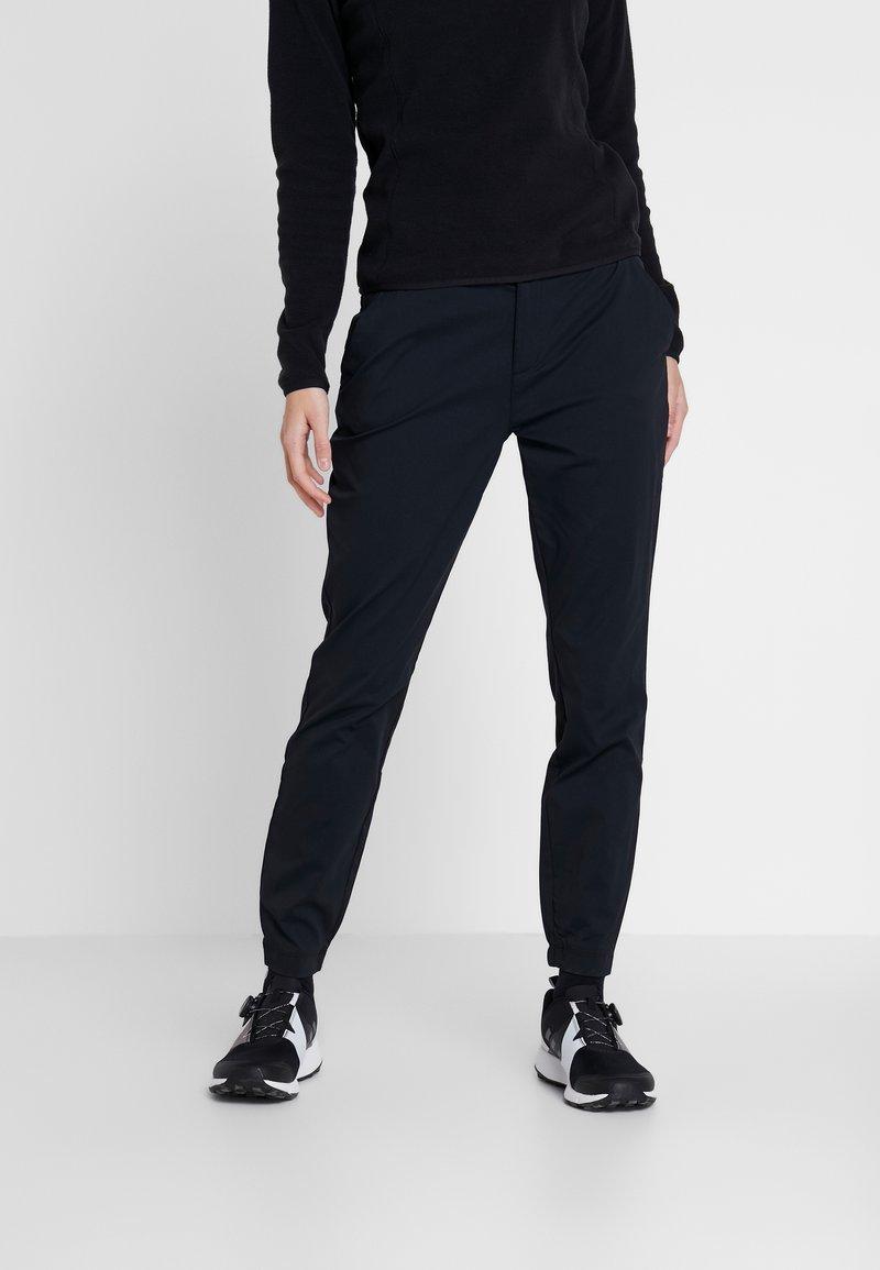 Columbia - FIRWOOD CAMP PANT - Trousers - black