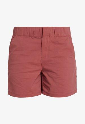FIRWOOD CAMP SHORT - Sports shorts - dusty crimson