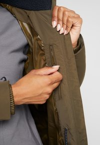 Columbia - RUBY FALLS LONG JACKET - Doudoune - olive green - 4