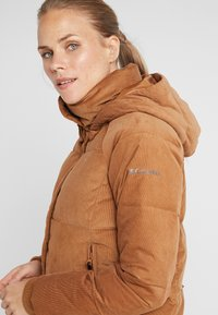 Columbia - RUBY FALLS JACKET - Daunenjacke - camel brown corduroy - 5