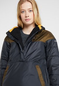 Columbia - LODGE JACKET - Outdoorjas - black/olive green - 4