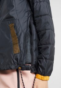 Columbia - LODGE JACKET - Outdoorjas - black/olive green - 6
