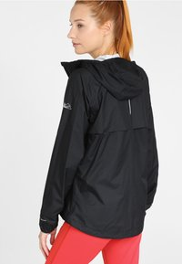 Columbia - ROGUE RUNNER  - Veste coupe-vent - black - 2