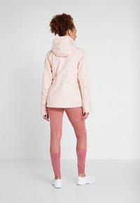 Columbia - WINDGATES JACKET - Hardshell jacket - peach cloud - 2