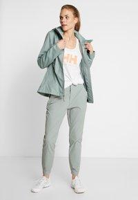 Columbia - WINDGATES JACKET - Hardshell jacket - light lichen - 1