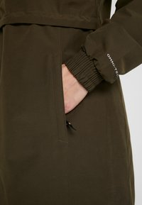 Columbia - FIRWOOD™ LONG JACKET - Waterproof jacket - olive green - 6