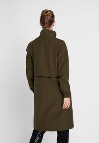 Columbia - FIRWOOD™ LONG JACKET - Waterproof jacket - olive green - 4