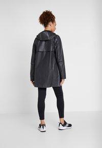 Columbia - OUTDRY EX™ MACKINTOSH JACKET - Hardshell jacket - black heather - 2