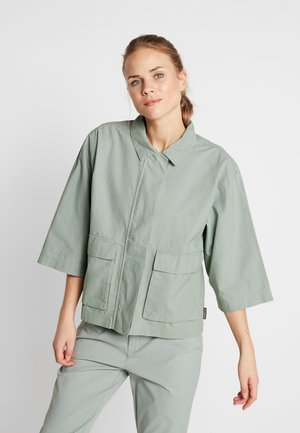 SUMMER CHILL JACKET - Outdoorjas - light lichen