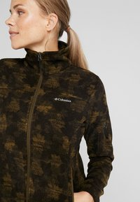 Columbia - FAST TREK PRINTED - Fleecejacke - olive green - 3