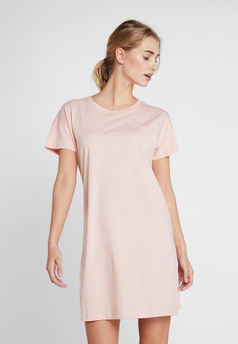Columbia - PARK™ PRINTED DRESS - Jersey dress - peach cloud
