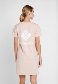 Columbia - PARK™ PRINTED DRESS - Jersey dress - peach cloud - 2