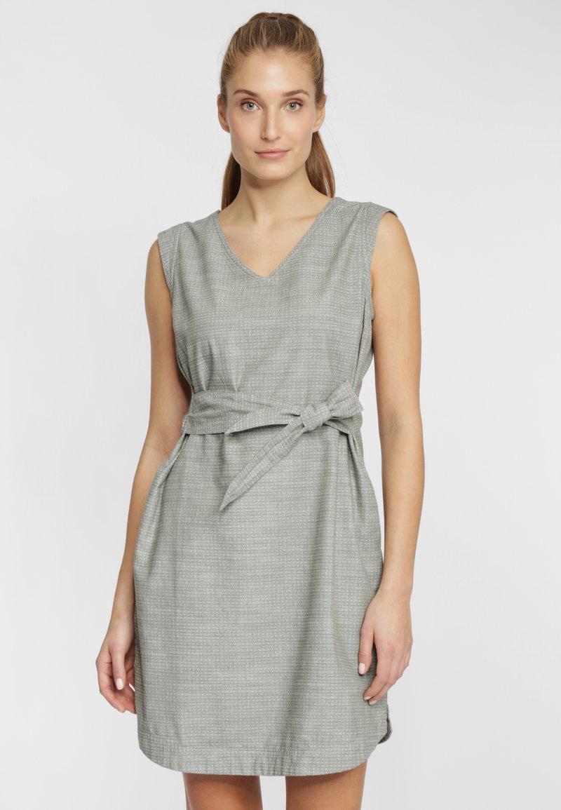 Columbia - SUMMER CHILL - Robe d'été - light grey