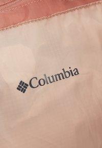 Columbia - LIGHTWEIGHT PACKABLE 21L TOTE - Treningsbag - peach cloud/dusty crimson - 6
