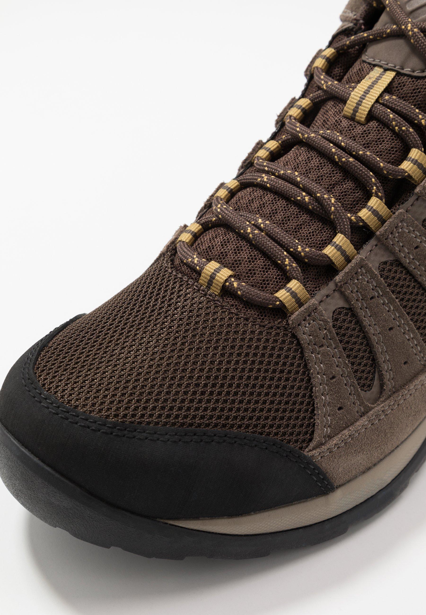 Columbia Redmond V2 Mid Wp - Hiking Shoes Cordovan Baker
