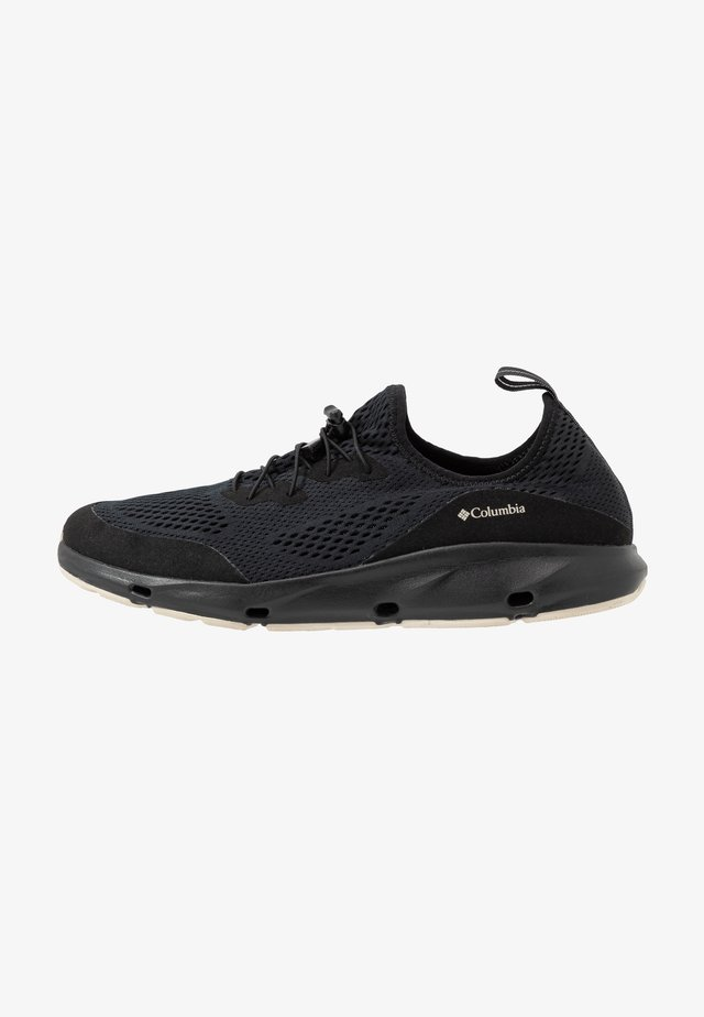 VENT - Zapatillas de senderismo - black/dark stone