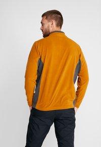 Columbia - KLAMATH RANGE HALF ZIP - Fleece trui - burnished amber/shark - 2