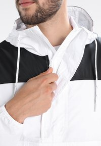 Columbia - CHALLENGER™  - Veste coupe-vent - white/black - 3