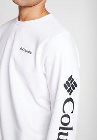 Columbia - LOGO CREW - Sudadera - white/black - 5