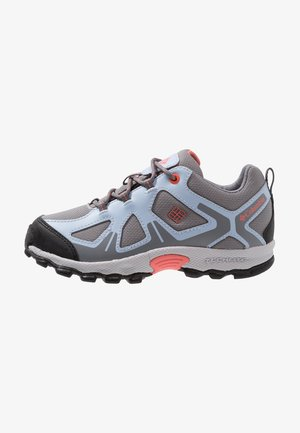 YOUTH PEAKFREAK XCRSN WP - Hiking shoes - monument/melonade