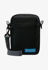 Columbia - URBAN UPLIFT™ SIDE BAG - Skulderveske - black - 7