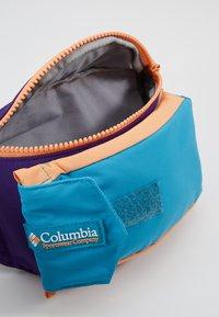 Columbia - POPO PACK - Heuptas - vivid purple - 4
