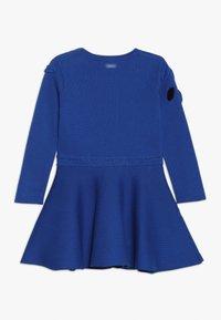 Catimini - ROBE TRICOT - Pletené šaty - bleu roi - 1