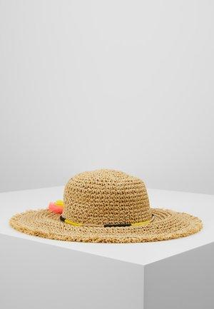HAT - Chapeau - sand