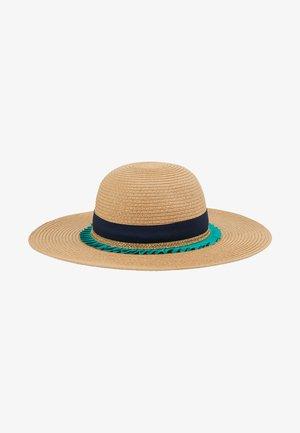 HAT - Hat - sand