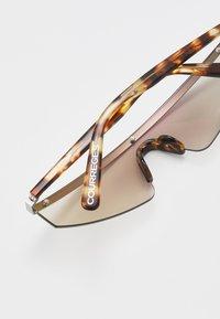 Courreges - Sluneční brýle - grey - 4