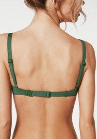 Calzedonia - Bikini top - grün - 175c - palm green - 1