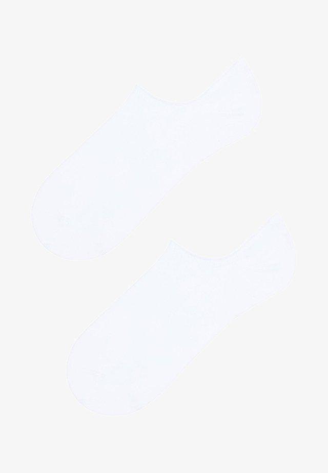 BAUMWOLL-FÜSSLINGE - Socken - white