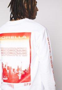 CORELLA - TORONTO GLOBAL - Sweater - white - 3