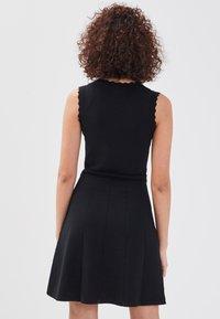 Cache Cache - Gebreide jurk - black - 1