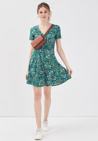 Cache Cache - SKATER - Vestido informal - vert - 1