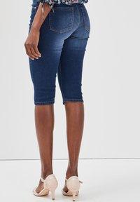 Cache Cache - Shorts di jeans - stone blue denim - 2