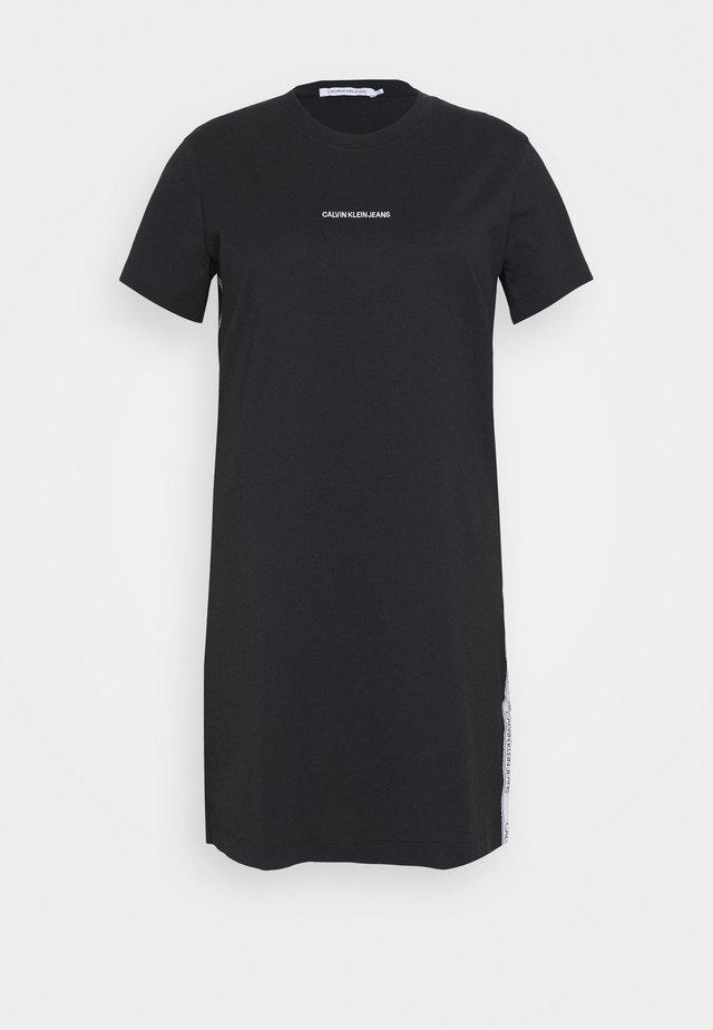 PLUS TAPE DRESS - Jerseykleid - black