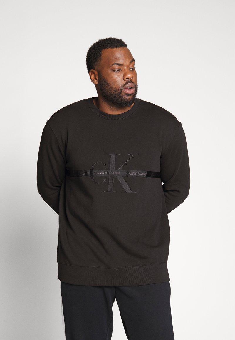 Calvin Klein Jeans Plus - TAPING THROUGH - Sweatshirt - black