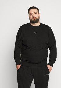 Calvin Klein Jeans Plus - Sweatshirt - black - 0