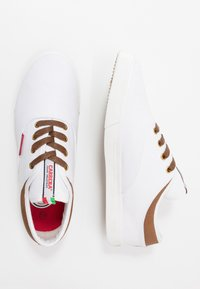 Carrera Footwear - NOBLE - Trainers - white - 1