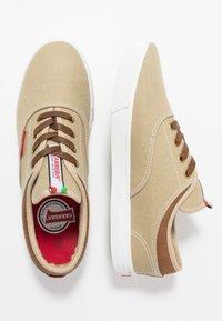 Carrera Footwear - NOBLE - Trainers - soul - 1