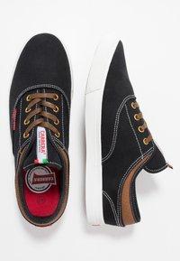 Carrera Footwear - NOBLE - Sneakers - black - 1