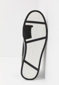 Carrera Footwear - PLAY - Trainers - black - 4