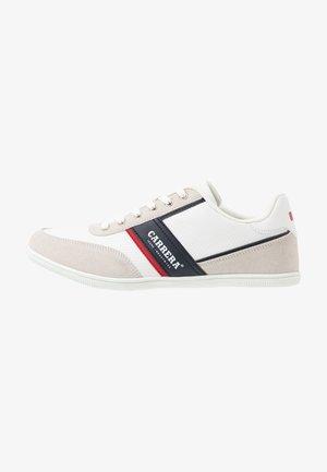 AMBURGO - Trainers - white/navy