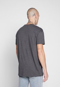 Common Kollectiv - BOX FIT FLASH TEE - T-shirt imprimé - charcoal - 2